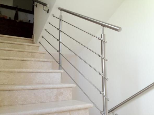 Ringhiere in alluminio per scale interne ma92 regardsdefemmes - Ringhiera scale interne ...