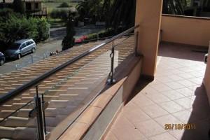 Ringhiere in acciaio inox su misura vendita online mr inox for Arredare pianerottolo scale